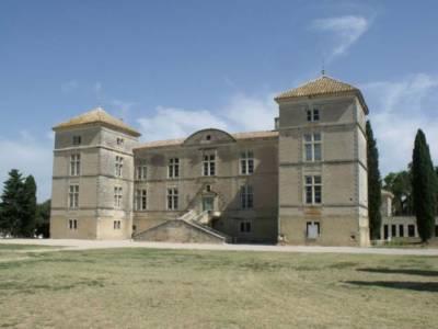 9. ELABORATION DE L'AVAP DU CHÂTEAU DE MONTCALM A VESTRIC-ET-CANDIAC (GARD)